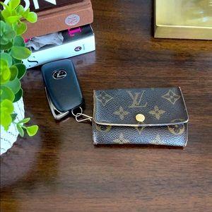 Auth Louis Vuitton Mono Multicles 6 Ring Key Case